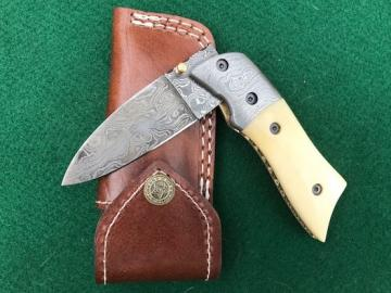 Product Number: 863- Camel bone & Damascus-FP